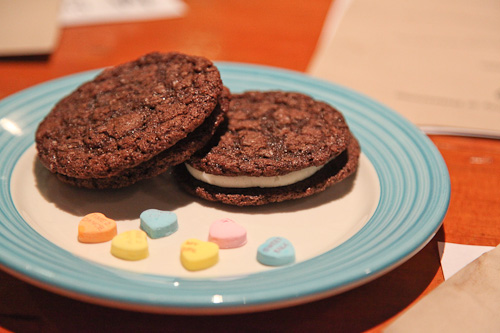 ... for Fauxreos™ (Faux Oreos) – vanilla bean and Mexican spicy mole