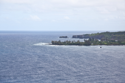 The view of the coastline on the Road to Hana is also quite stunning. jpg