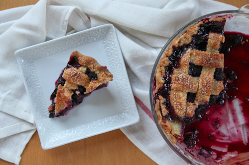 Blackberry-Blueberry-Pie-Recipe-Irvin-Lin-Eat-The-Love jpg