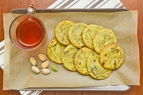 White-Chocolate-Pistachio-Dark-Chocolate-Chunk-Cookie-Eat-The-Love-Irvin-Lin-2
