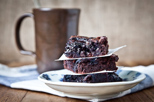 Blueberry-Citrus-Brownies-Gluten-Free-Ratio-Rally-Eat-The-Love-Irvin-Lin-6
