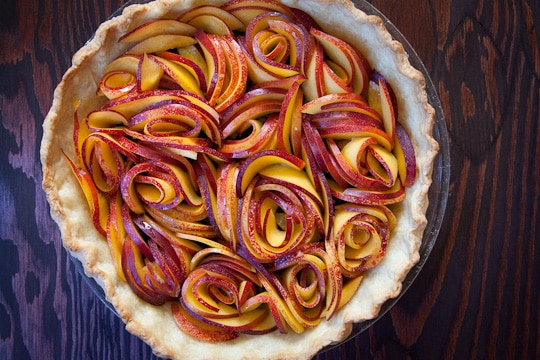 Nectarines-Blackberries-Open-Faced-Pie-Eat-the-Love-Irvin-Lin-2