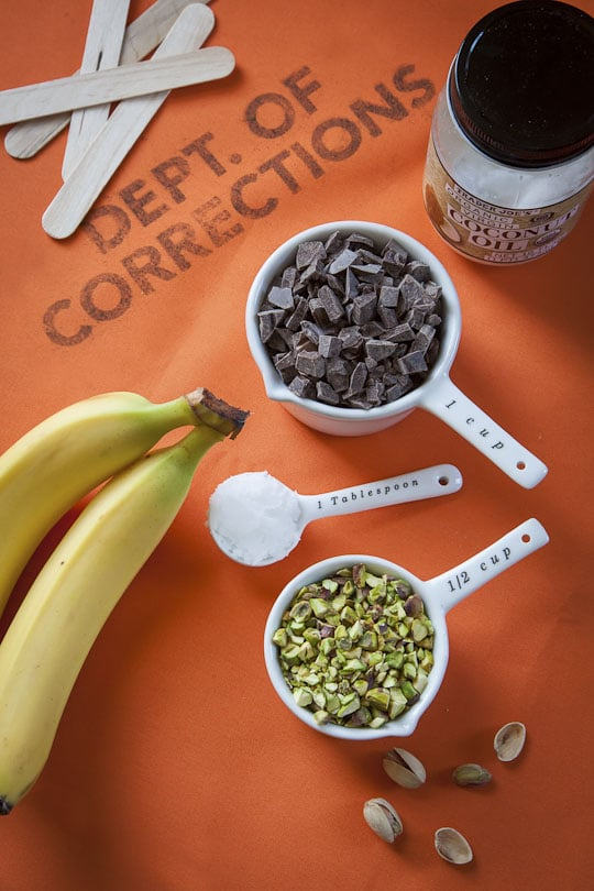 Bluth's Original Frozen Banana Copycat Wordless Recipe by Irvin Lin of Eat the Love. www.eatthelove.com