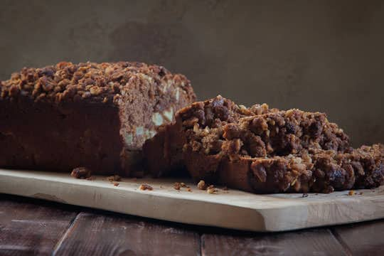 Apple Bread with Walnuts by Irvin Lin of Eat the Love | www.eatthelove.com