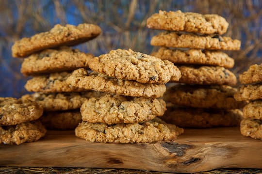 Chewy Oatmeal Cookies. Photo and recipe by Irvin Lin of Eat the Love. www.eatthelove.com