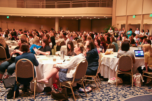 300+ Food Bloggers at BlogHer Food