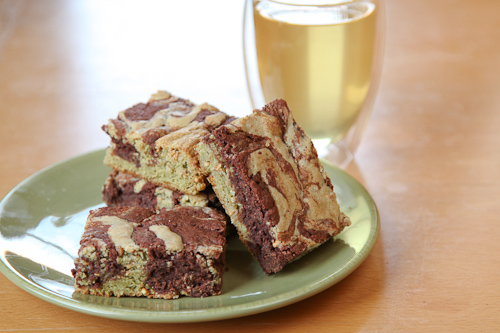 Dark and White Chocolate Genmaicha Brownies