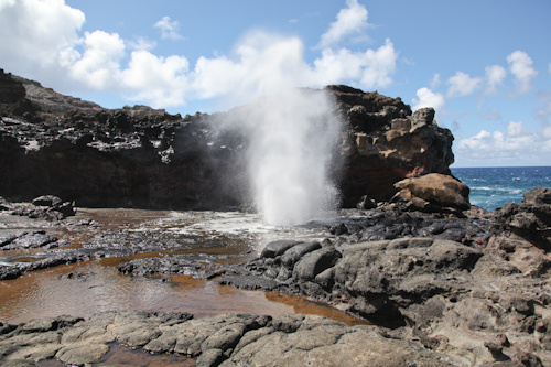 The Nakalele Blowhole in West Maui, up close. jpg