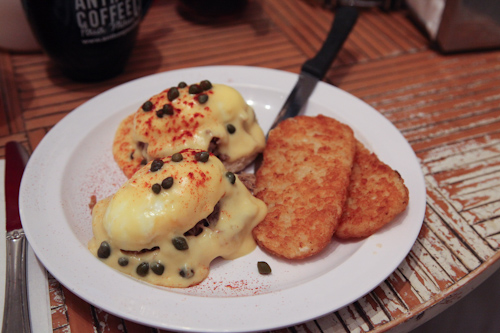 Eggs Benedict at Anthony's Coffee Shop in Paia jpg