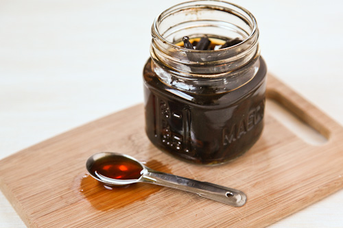 Vanilla-Extract-Sugar-Salt-Eat-The-Love-Irvin-Lin-5