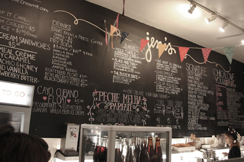 Red-Wine-Caramel-Apple-Ice-Cream-Columbus-Ohio-Press-Trip-Irvin-Lin-Eat-The-Love-15