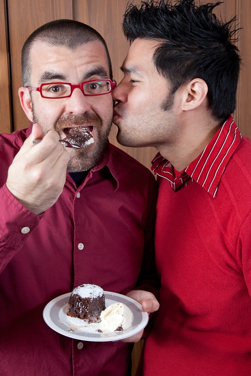 Molten-Lava-Chocolate-Cake-Wordless-Recipes-Valentines-Day-Eat-The-Love-Irvin-Lin-42