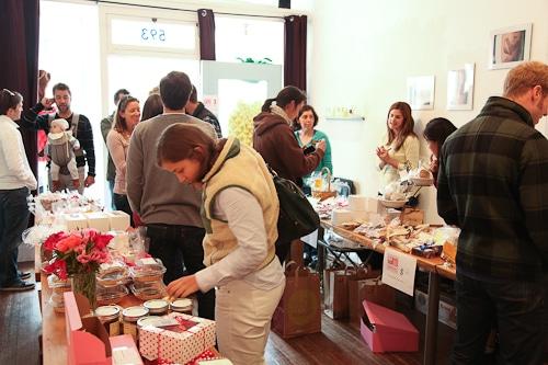 San-Francisco-Blogger-Bake-Sale-Eat-The-Love-Irvin-Lin-950-1