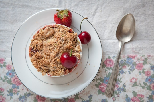 Rhubarb-Cherry-Apple-Strawberry-Spring-Nutty-Crumble-Gluten-Free-Eat-The-Love-Irvin-Lin-4