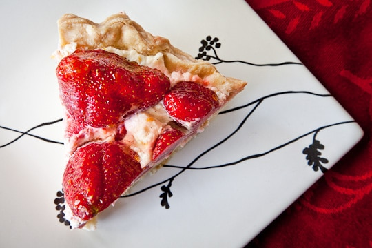 Strawberry-Meyer-Lemon-Cream-Pie-Eat-The-Love-Irvin-Lin-Pie-2