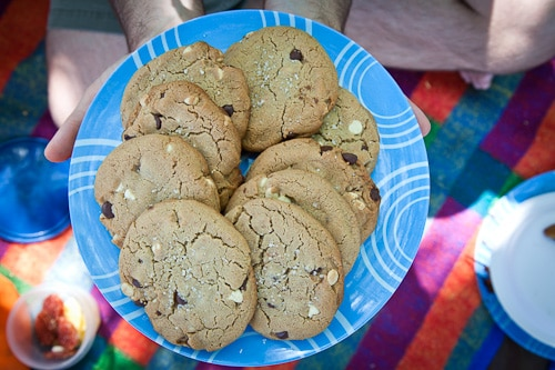 White-Dark-Chocolate-Blood-Orange-Semolina-Whole-Wheat-Cookies-Eat-The-Love-Irvin-Lin-1