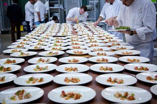 Meals-On-Wheels-Star-Chefs-Vintners-Gala-2012-Eat-The-Love-Irvin-Lin-34