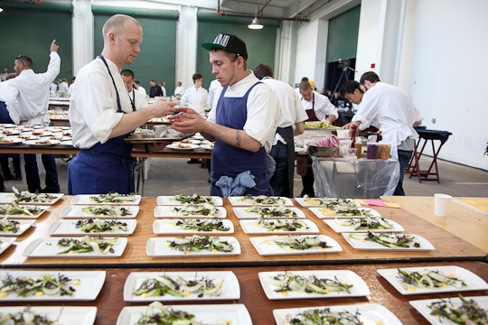 Meals-On-Wheels-Star-Chefs-Vintners-Gala-2012-Eat-The-Love-Irvin-Lin-41