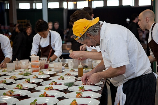 Meals-On-Wheels-Star-Chefs-Vintners-Gala-2012-Eat-The-Love-Irvin-Lin-45