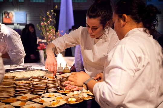 Meals-On-Wheels-Star-Chefs-Vintners-Gala-2012-Eat-The-Love-Irvin-Lin-58