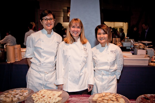 Meals-On-Wheels-Star-Chefs-Vintners-Gala-2012-Eat-The-Love-Irvin-Lin-73
