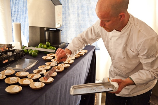 Meals-On-Wheels-Star-Chefs-Vintners-Gala-2012-Eat-The-Love-Irvin-Lin-81