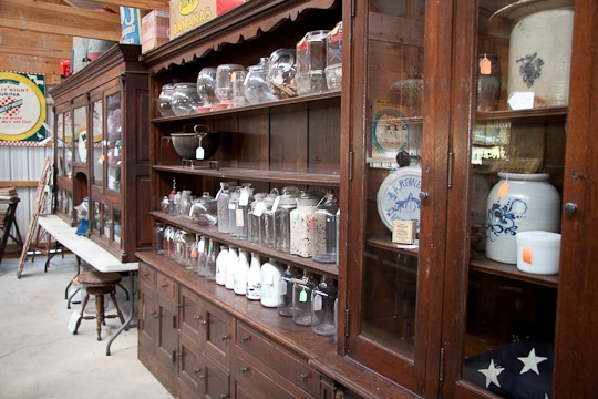 Amish-Country-Antiques-2