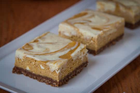 Pumpkin Pie Cheesecake Bars by Irvin Lin of Eat the Love | www.eatthelove.com | #pumpkin #cheesecake
