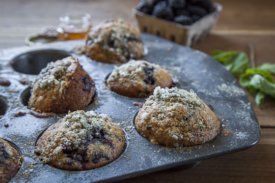 Blackberry Muffin Recipe by Irvin Lin of Eat the Love. | www.eatthelove.com | #muffin #recipe #blackberry