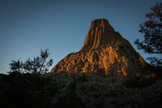 Sunset at Devils Tower National Monument by Irvin Lin of Eat the Love | www.eatthelove.com