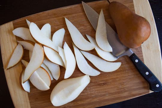 Sliced pears. Photo by Irvin Lin of Eat the Love. www.eatthelove.com