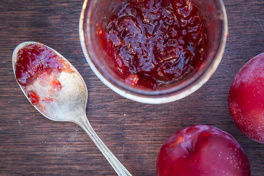 Homemade plum jam with lavender. Photo and recipe by Irvin Lin of Eat the Love.
