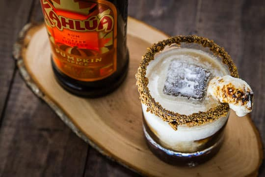 The S'mores Crunch Cocktail featuring Kahlúa Pumpkin Spice. Recipe and photo by Irvin Lin of Eat the Love.