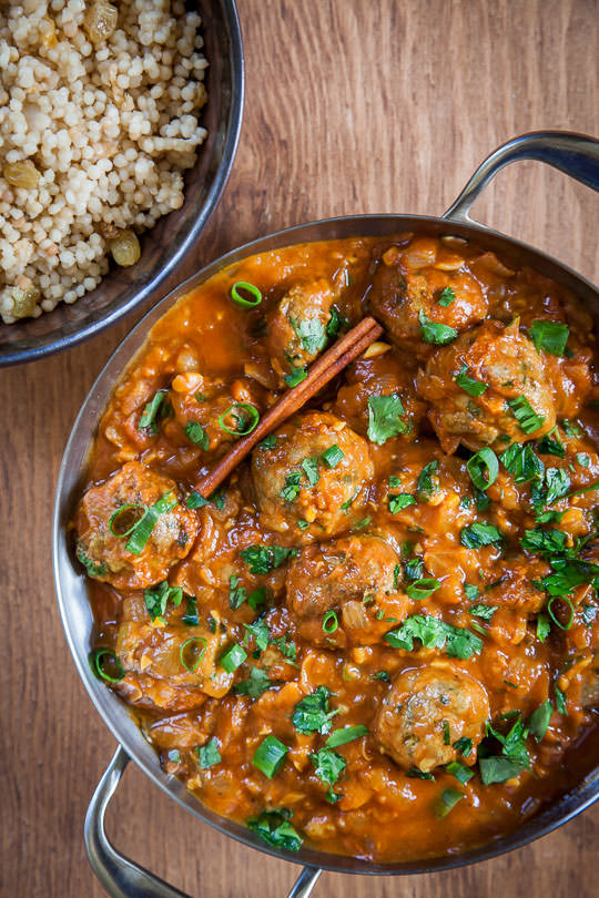 Tunisian meatballs, a mediterranean meatball recipe. Photo and recipe by Irvin Lin of Eat the Love.