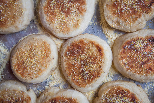 English Muffins Recipe. Recipe and Photo by Irvin Lin of Eat the Love.