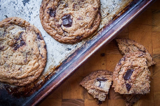 The Secret to Crispy Chocolate Chip Cookies from Irvin Lin of Eat the Love.