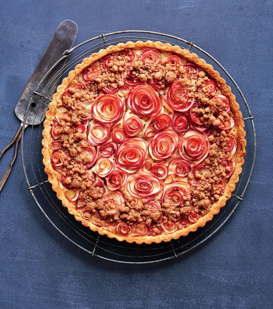Apple Rose Tart with Brown Butter Crumble